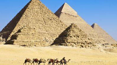 pyramids-1050x700