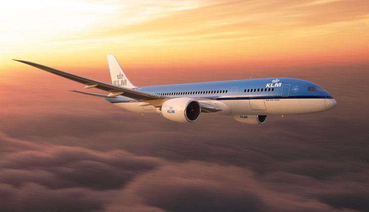 KLM schrapt kosten
